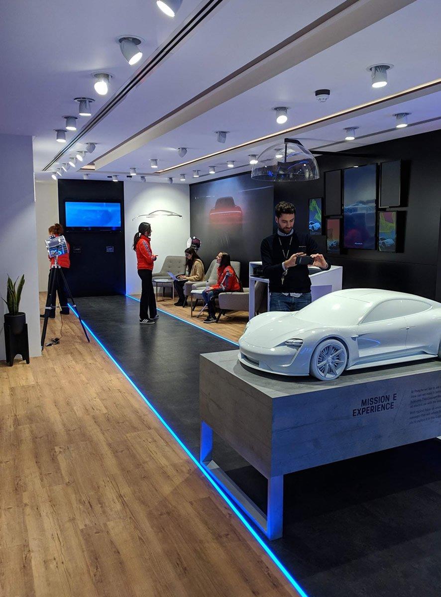 Porsche store